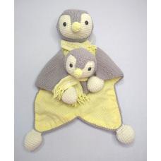 Kit Naninha e Chocalho Crochet - Pinguim Cinza e Amarelo