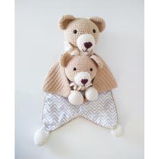 Kit Naninha e Chocalho Crochet - Urso Bege
