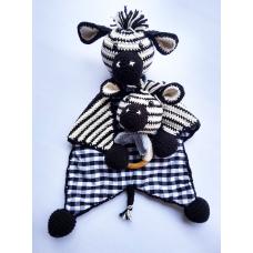 Kit Naninha e Chocalho Crochet - Zebrinha Menino